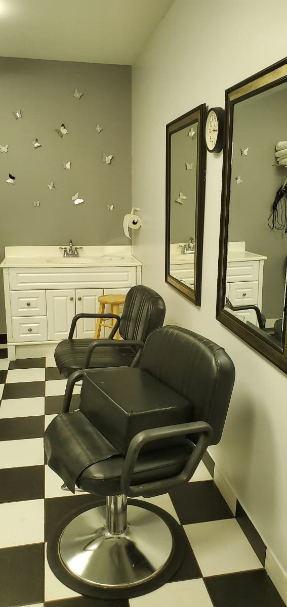 Salon at Grace Manor